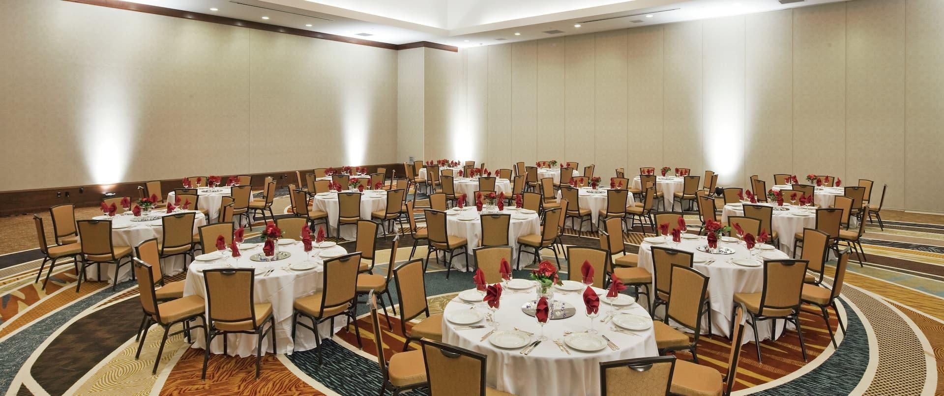 Grand Central Ballroom Round Tables