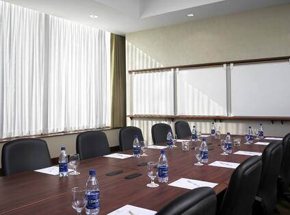 EMC Boardroom Style Meeting Room