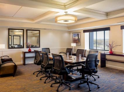 Meeting Room with Seating for 8 Guests