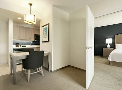 King Suite Kitchen and Dining Table for Two
