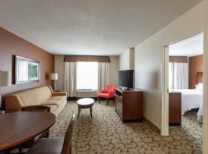 Queen Suite With Sofabed