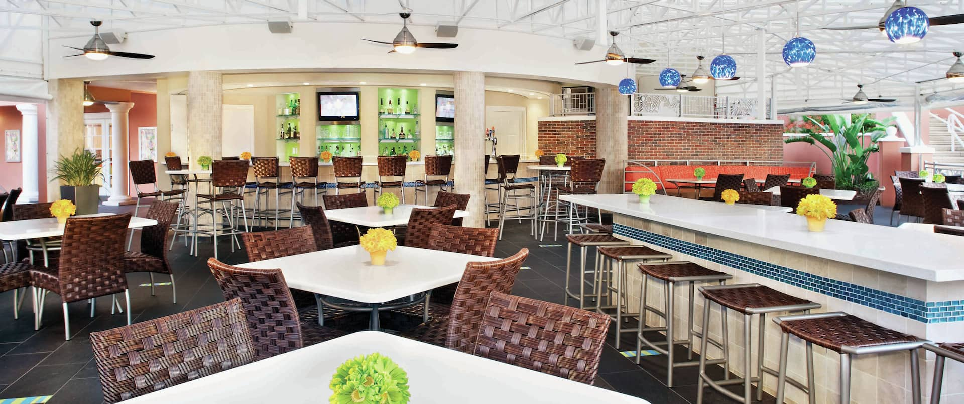 Coral Reef Bar and Grille Seating