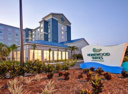 Homewood Suites by Hilton Orlando Theme Parks - Exterior Main Entrance