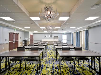 Homewood Suites by Hilton Orlando Theme Parks - Meeting Space Classroom Setup Front View