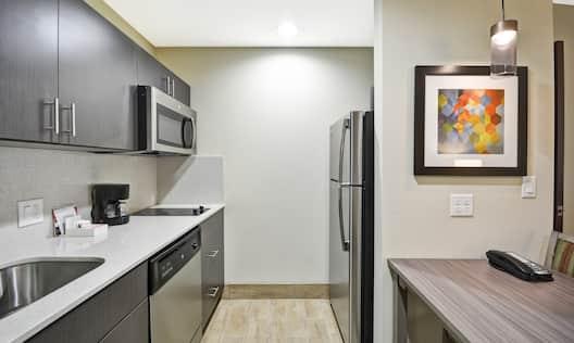 Homewood Suites by Hilton Orlando Theme Parks - Suite Kitchen Appliances and Counter Space