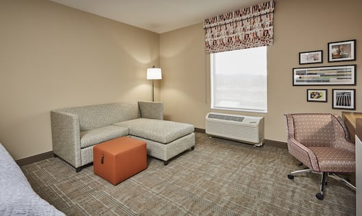 Sofabed and Work Desk in Studio Suite