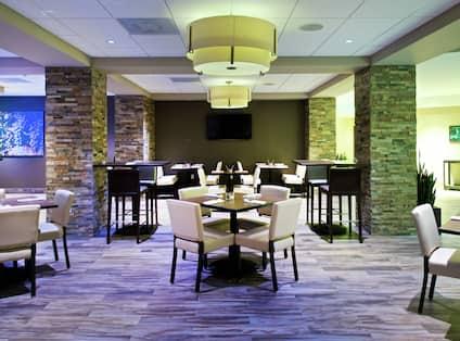 Cascadia Restaurant and Bar