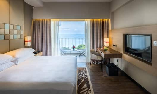 King Premier Room with Balcony