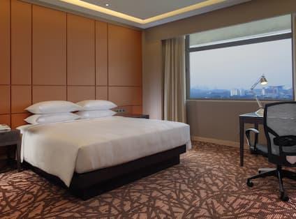 King Royal Suite Bedroom