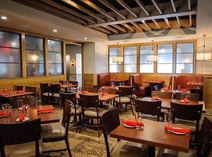 Redz Restaurant Dining Area