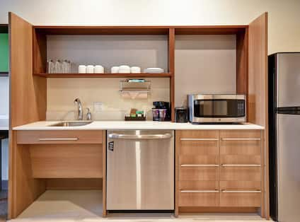Suite Kitchen with Appliances
