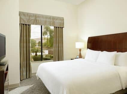 Suite King Bedroom