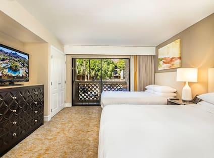 2 Queen Beds Agave Suite