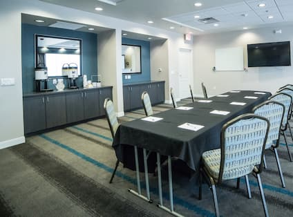 Meeting room for up to 40 guests