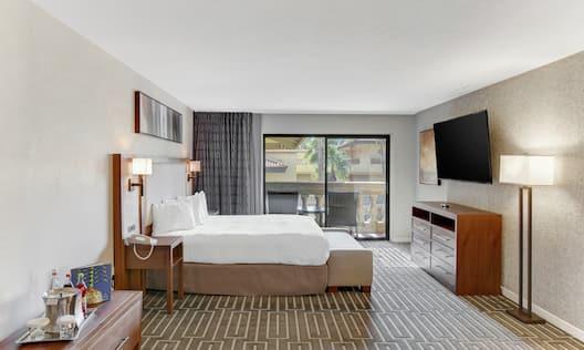 Grande Suite Master Bedroom