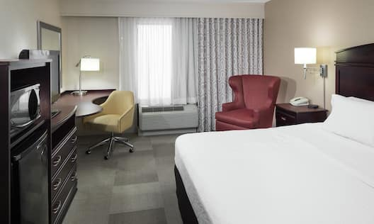 King Bed, TV and Work Desk in Accessible Room