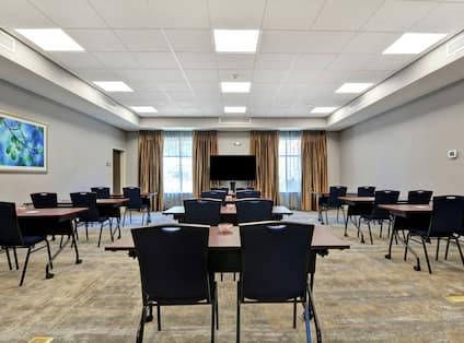 Meeting Room with Classroom Setup