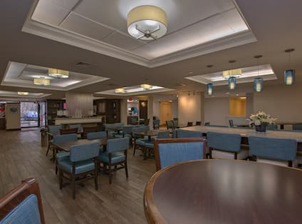 Dining Seating Area in Lobby