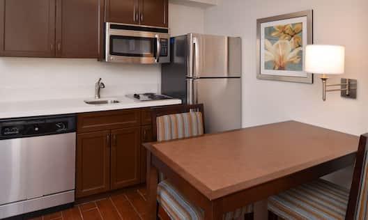 King Suite Kitchen