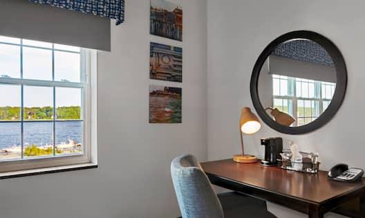 Guestroom Work Desk