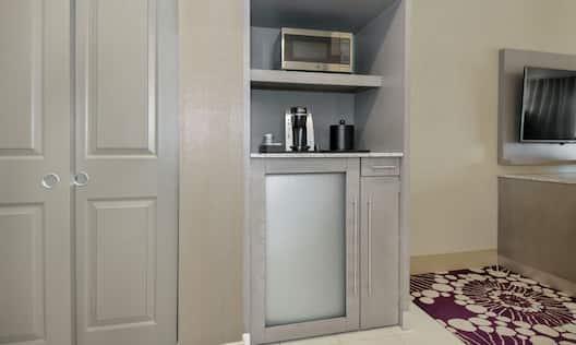 Refrigerator, Microwave & Keurig Coffee Maker in all Guest Rooms