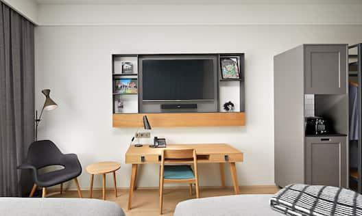 Twin Premium Room Work Desk and TV