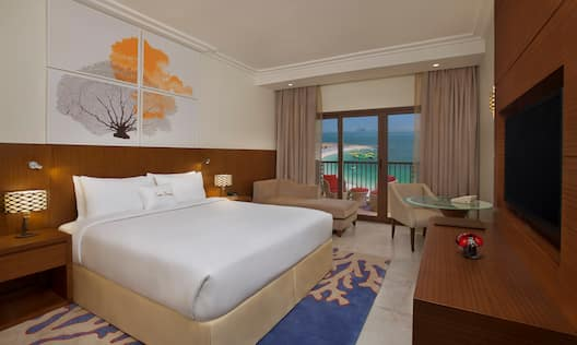 King Guest Room with Seaview