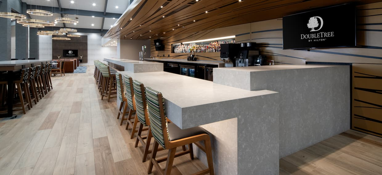 DoubleTree Bar and Lounge