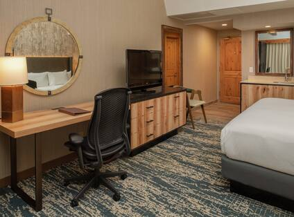 King Bedroom With Work Desk