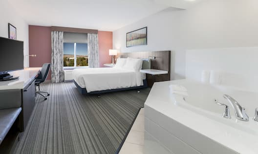 King Bedroom with Whirlpool