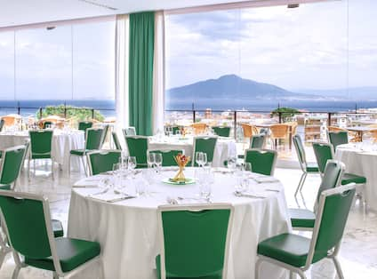 Sant'Antonio Lunch Dining with Bay View