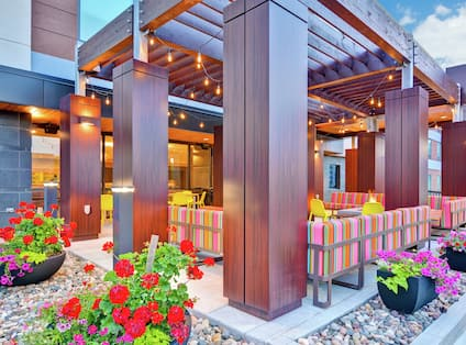 Outdoor Patio Area with Seating