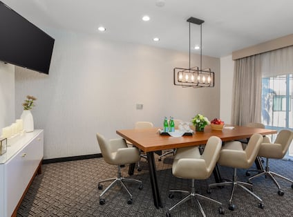 King Suite Conference Room