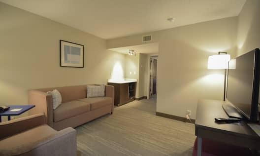 King Guestroom Suite