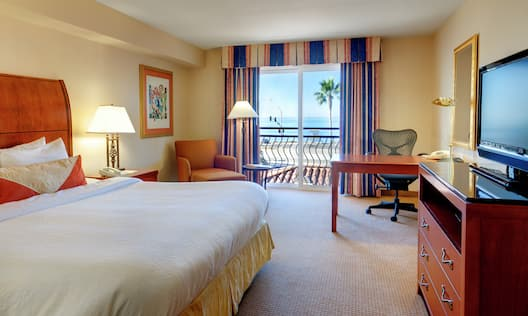 King Guestroom with Partial Ocean View