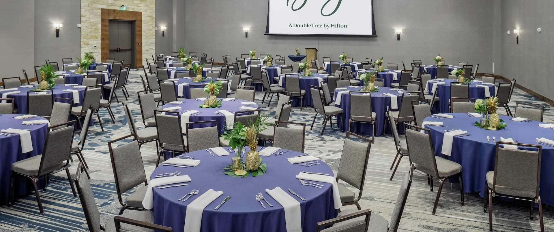The Bevy Hotel features The Menger Ballroom with state of the art technology and elegant finishes