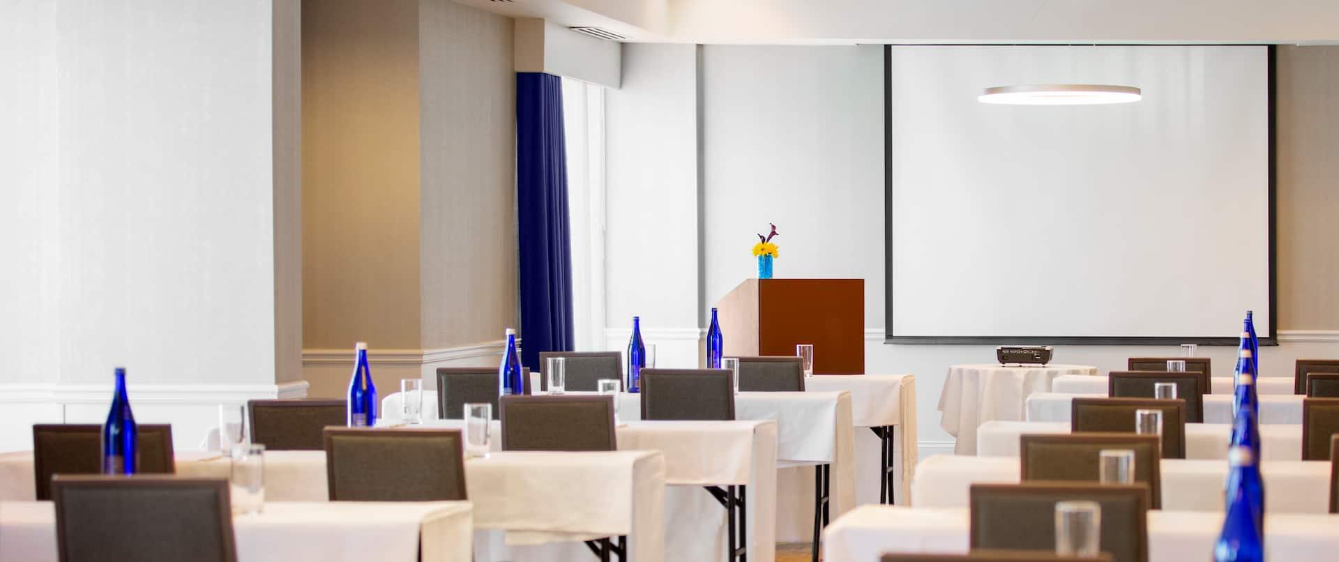Grand Salon Meeting Room, Classroom