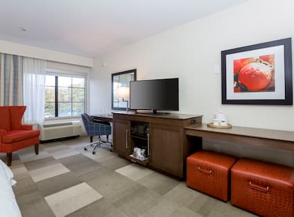 Accessible King Amenities