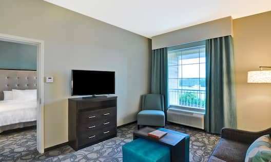 Suite Living Room Seating and TV