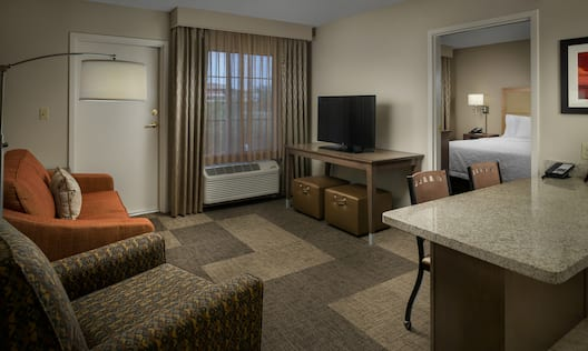 King Suite Wide