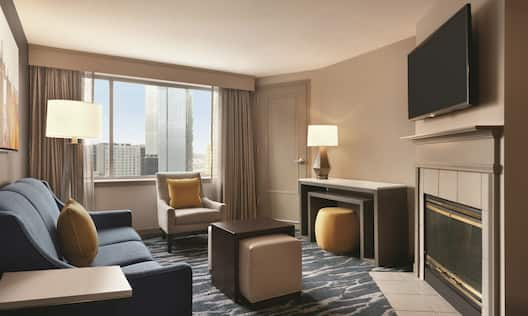 1 King Premium Suite with Fireplace
