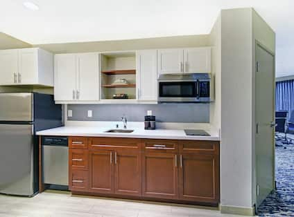 One King One Bedroom Suite with Boardroom Kitchen