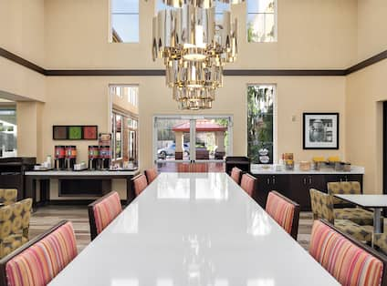Lobby and Breakfast Seating