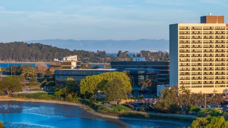 Hilton San Francisco Airport Hotel In Burlingame Ca