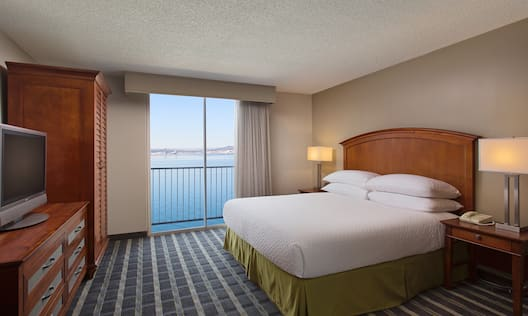 King Waterfront View