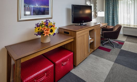 Accessible King Room Amenities