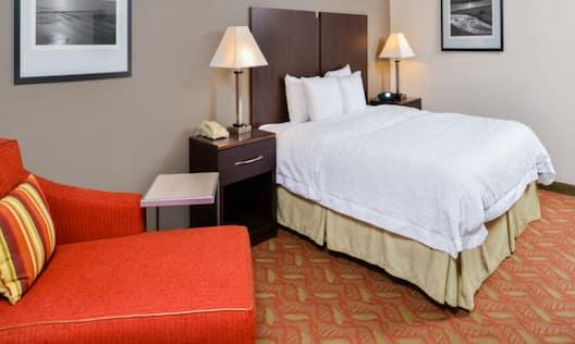 Hampton Inn & Suites San Francisco-Burlingame-Airport South Hotel, CA - King Accessible Room
