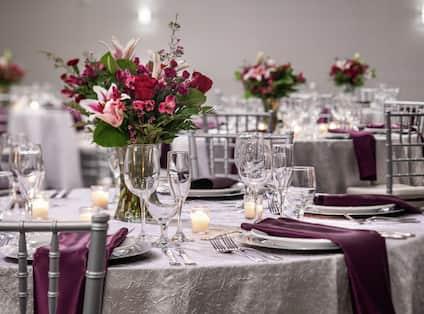 Ballroom - Reception Set