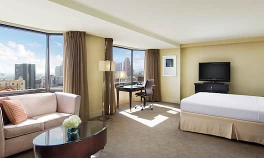 King Junior Suite with Bed, Lounge Area, Outside View, Work Desk, and Room Technology