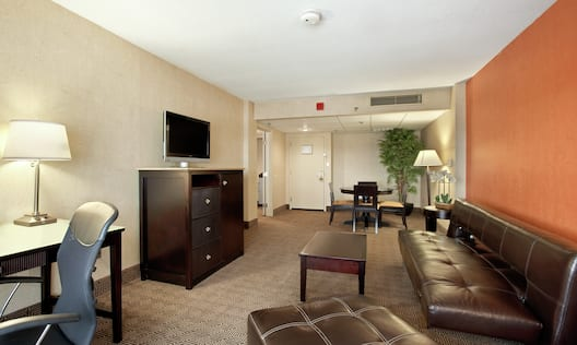 Junior Suite, Living Area